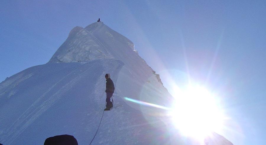 Toppkammen på Island Peak