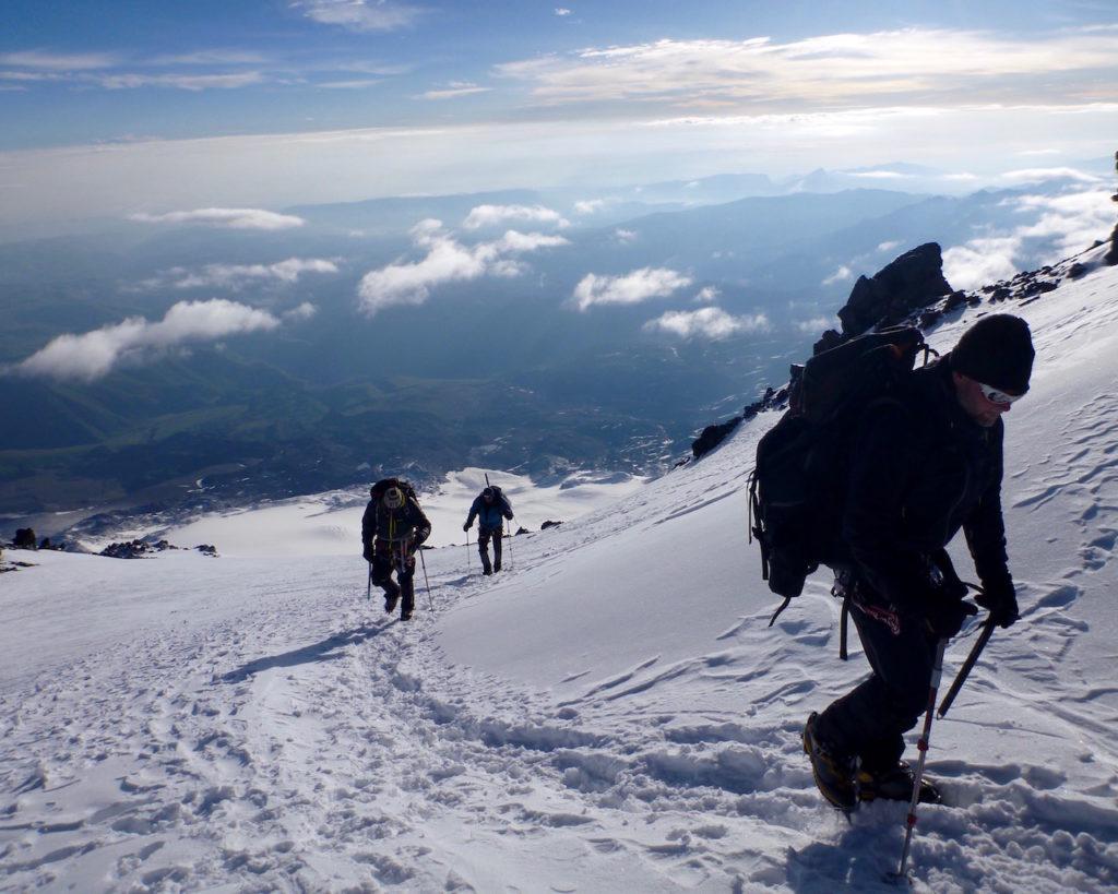 Klättra Elbrus norra sidan